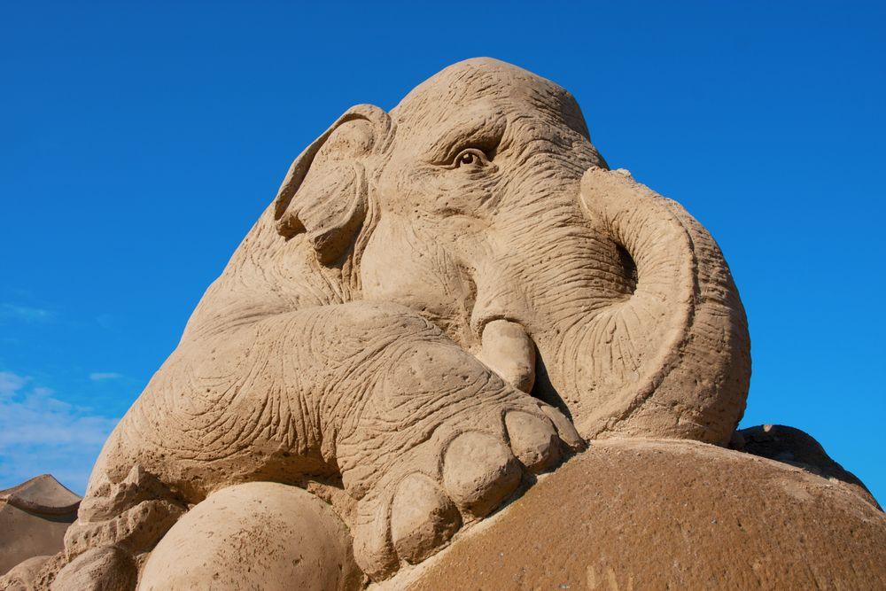 Sandskulpturenfestival an der Tuerkischen Riviera in der Tuerkei