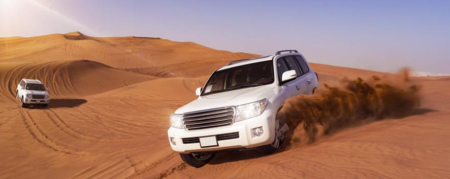 Jeep Safari in der Wueste