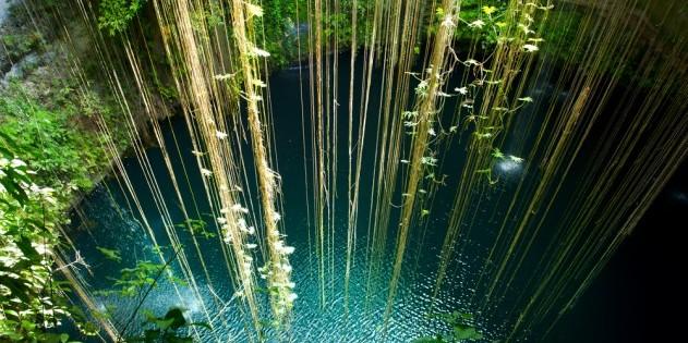 Naturschwimmbad in der Cenote Ik Kil in Mexiko
