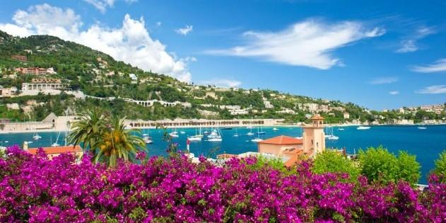 Traumhaft blaues Meer - die Cote d'Azur