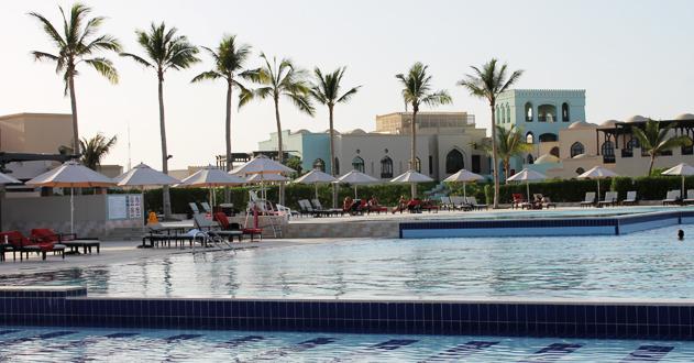 Die wunderschöne Poolanlage des Rotana Resorts