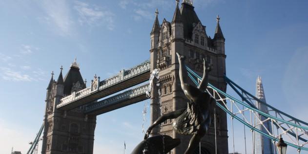 Die berühmte Tower Bridge muss man mal gesehen haben...