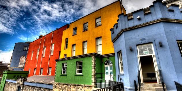 Sightseeing-Tipp: die bunten Häuserfronten Dublins