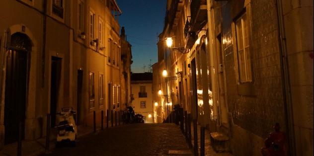 Lissabon in Portugal bei Nacht