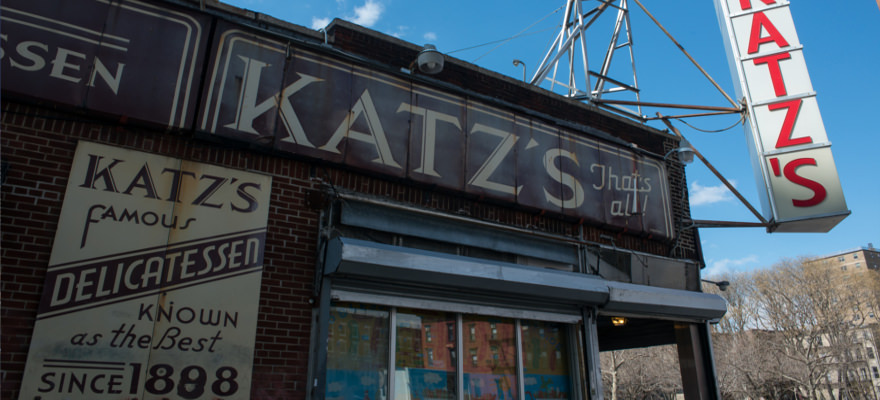 Katz's Delicatessen: eine absolute Institution in der Lower East Side