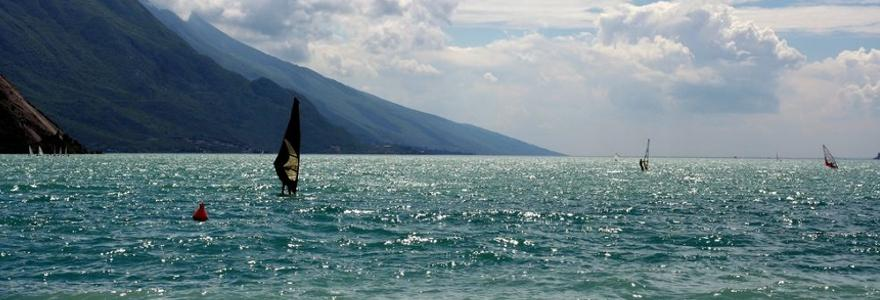 Gardasee Windsurfer