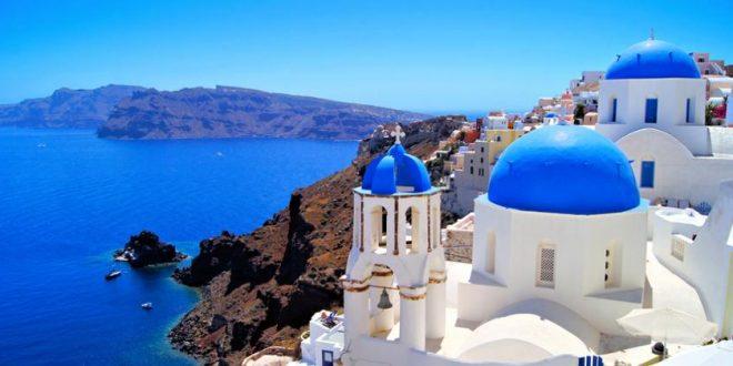 Santorin – Ein Reisebericht zur Traumdestination in blau und weiß