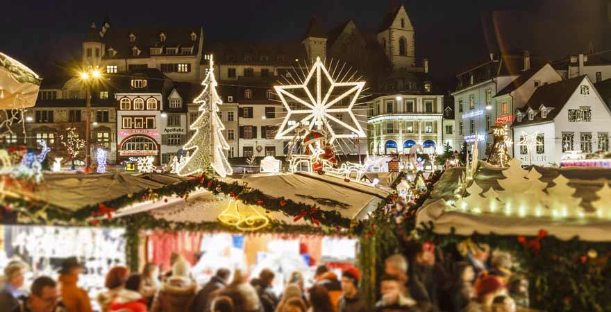 Weihnachtsmarkt in Basel in der Schweiz