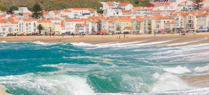 Praia-da-Nazaré