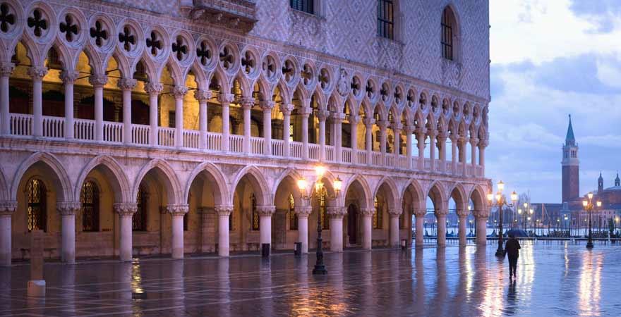 Dogenpalast in Venedig in Italien