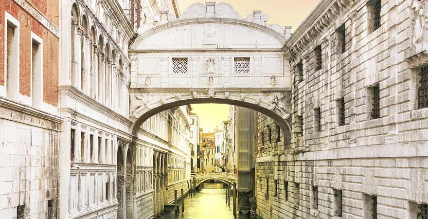 Seufzerbrücke in Venedig in Italien