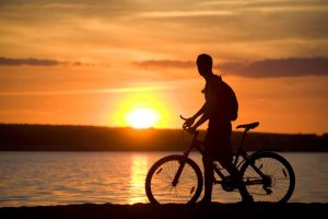 Fahrradfahren-sonnenuntergang