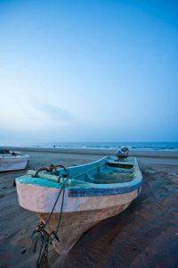 Oman-boot-am-strand