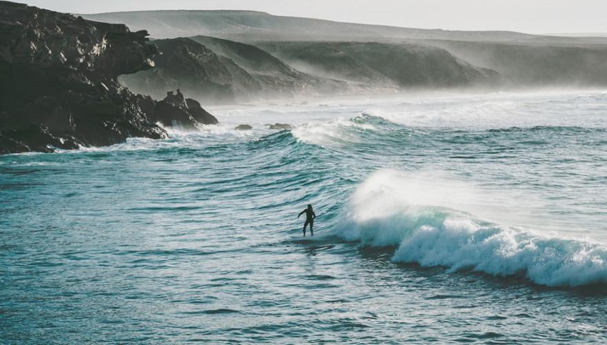 Surfer LaPared