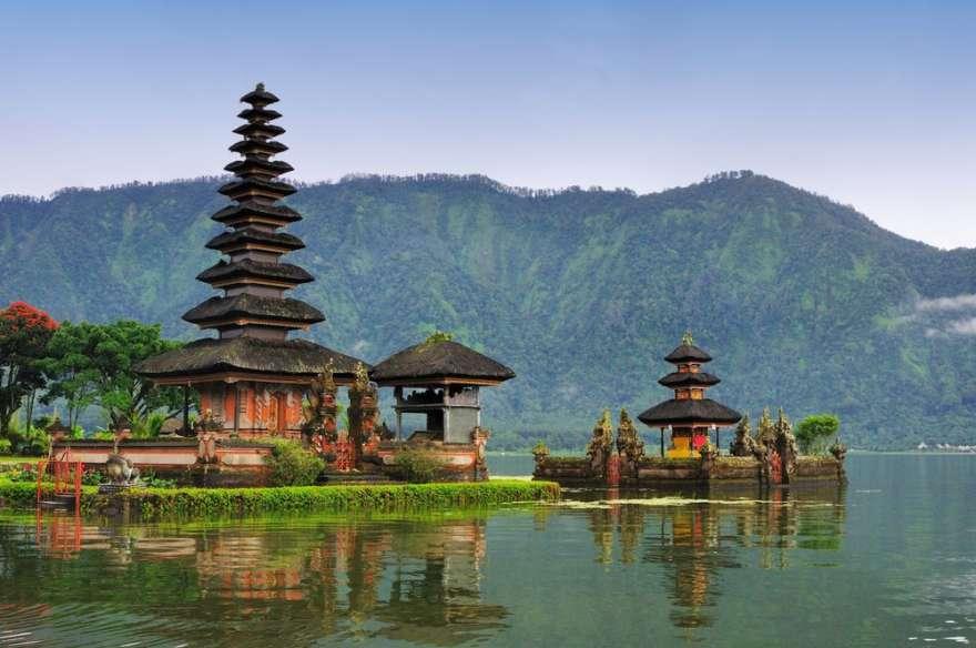Bali_Bedugul-Tempel