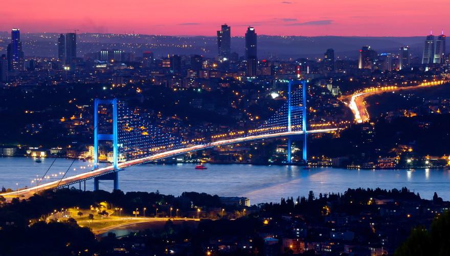 Bosporusbrücke, Verbindung zwischen zwei Kontinenten