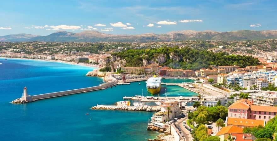 Hafen von Nizza in Frankreich