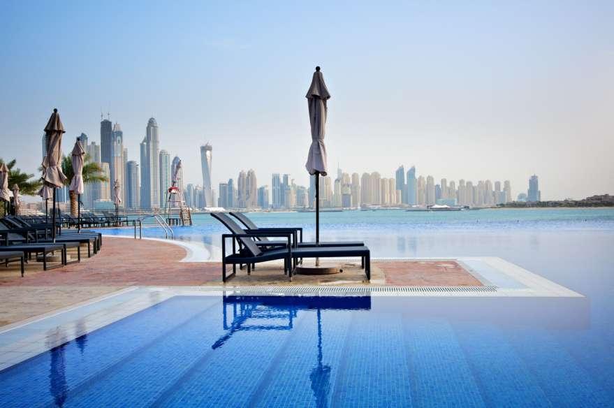 Dubai-Pool