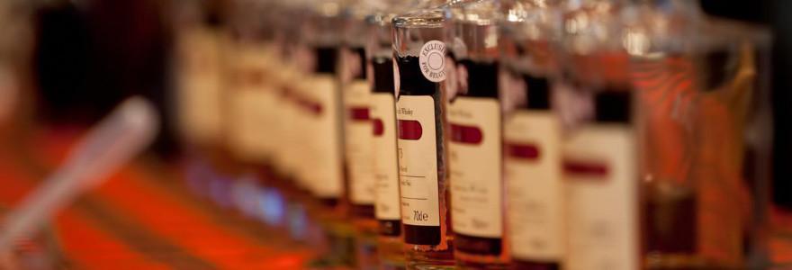 Verschiedene Whiskyflaschen.