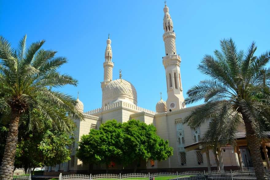 Die Jumeirah Moschee in Dubai