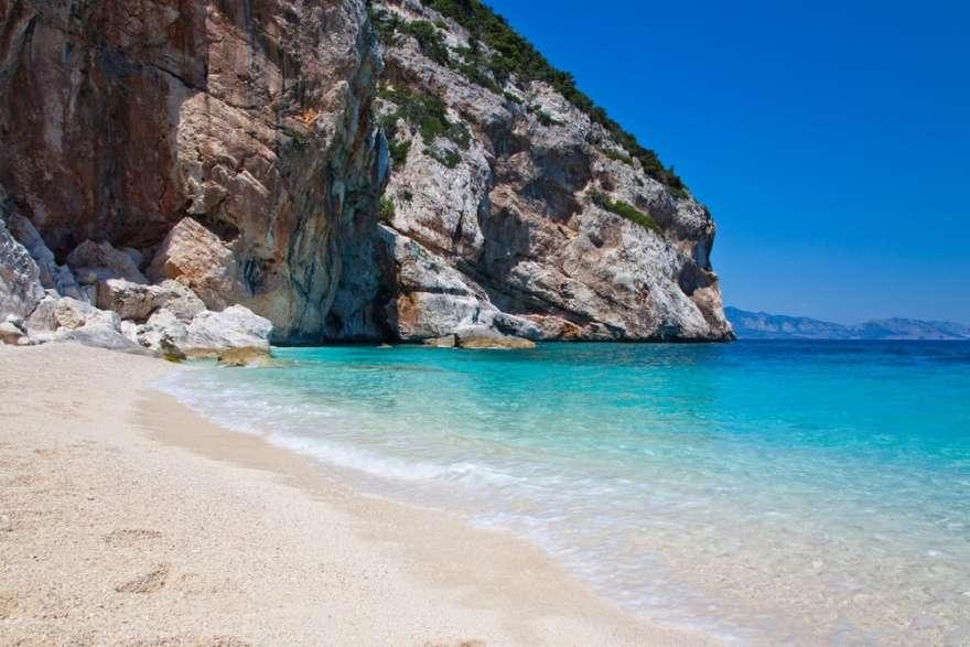 Sardinien-costa-smeralda-strand