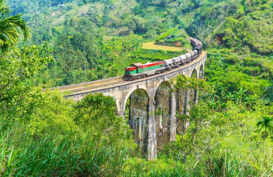 Nine Arches Bridge in Damodara, Ella Auf Sri Lanka