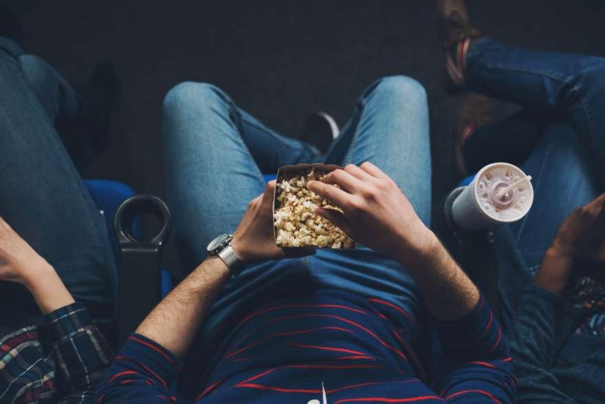 Popcorn bei Kinobesuch