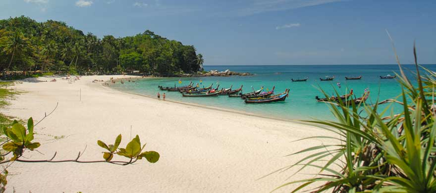 Strand Freedom Beach auf Phuket in Thailand