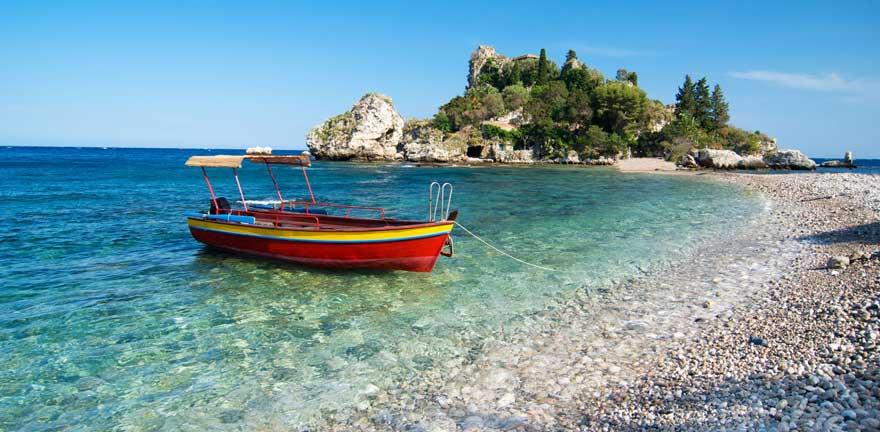 Strand Isola Bella auf Sizilien in Italien