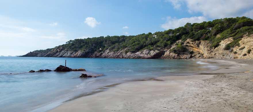 Playa-Cala-Boix-auf-Ibiza