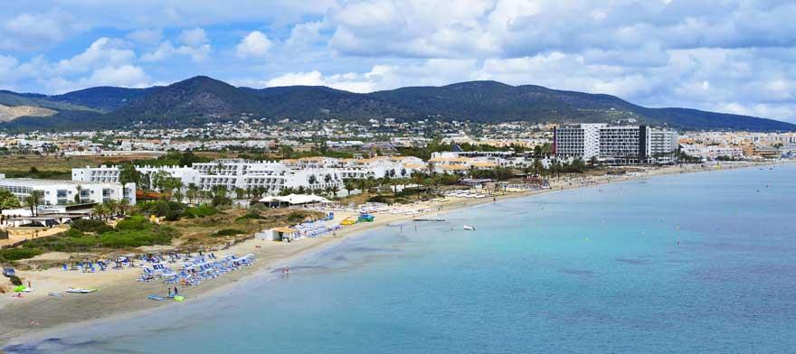 Playa-d'en-Bossa-auf-Ibiza