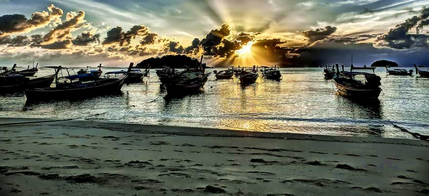 Strand Sunrise Beach Koh Lipe in Thailand