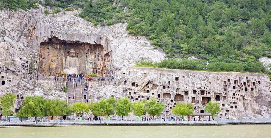 Longmen Grotten in Luoyang in China