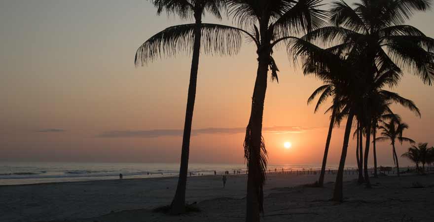 Sonnenuntergang am Strand in Salalah