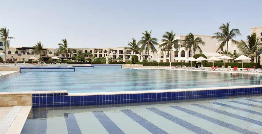 Pool im Salalah Rotana Resort im Oman