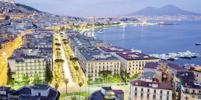 Von Altstadt bis Vesuv: Die beliebtesten Sehenswürdigkeiten in Neapel