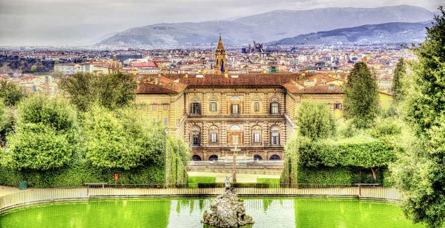 Palazzo Pitti und Boboli Garten in Florenz in Italien