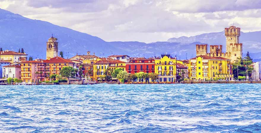 Sirmione an Gardasee in Italien