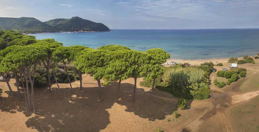 Golf von Baratti in der Toskana in Italien