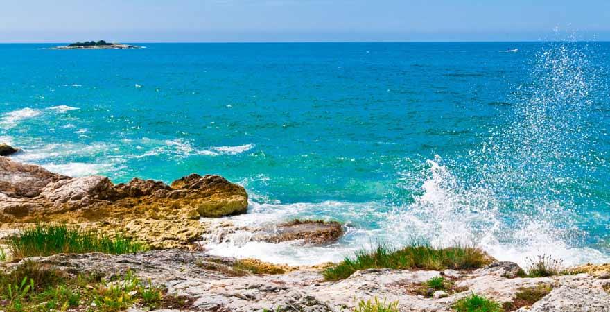 Küste von Porec in Kroatien