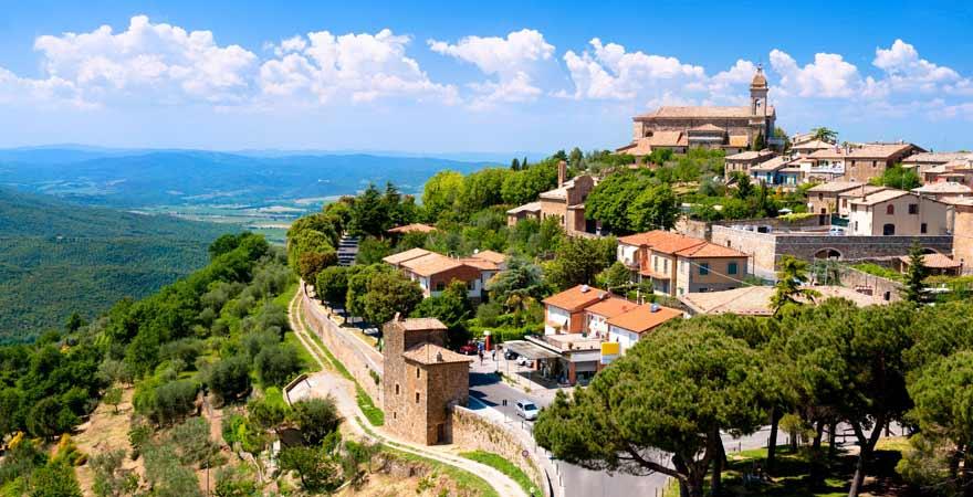 Montalcino in der Toskana in Italien