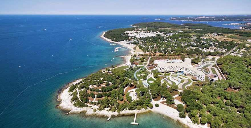 Strand Amarin beim Amarin Family Hotel in Kroatien
