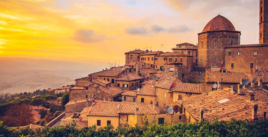 Volterra in der Toskana in Italien