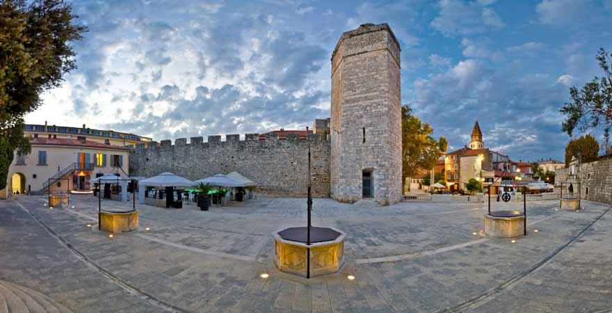 Fünf Brunnen Platz in Zadar in Kroatien