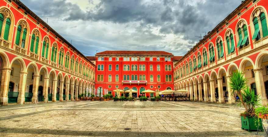 Platz der Republik in Split in Kroatien