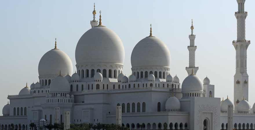 Außenansicht der Scheich Zayed Moschee