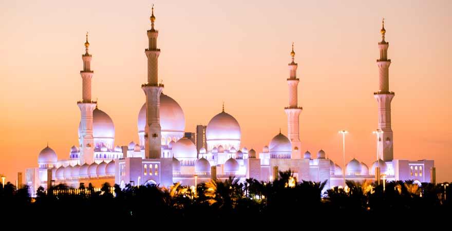 Beleuchtete Scheich Zayed Moschee