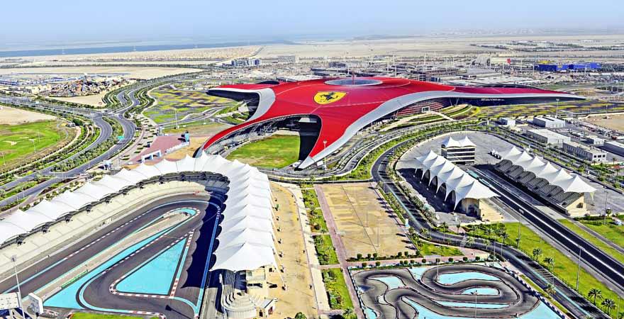 Ferrari World von oben