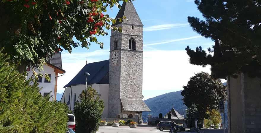 Kirche in Meransen in Südtirol