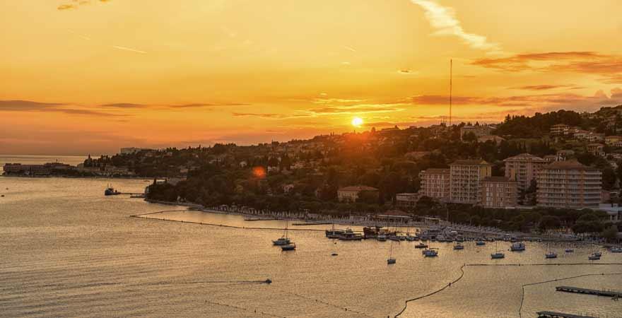 Portoroz in Slowenien bei Sonnenuntergang